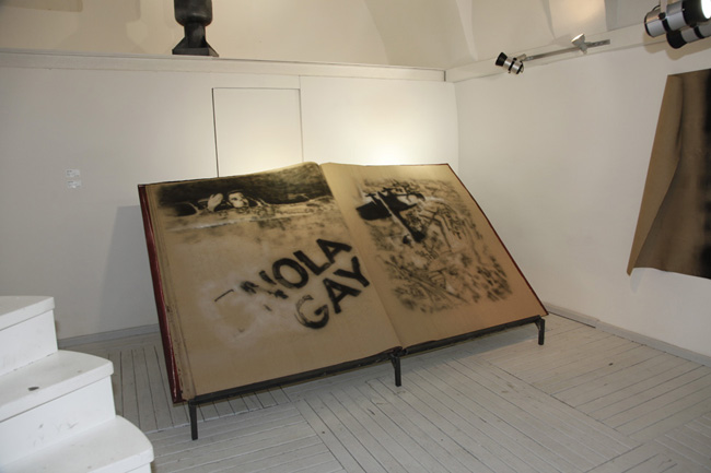2010, Notebook, 160x280 cm, acrylic on leather